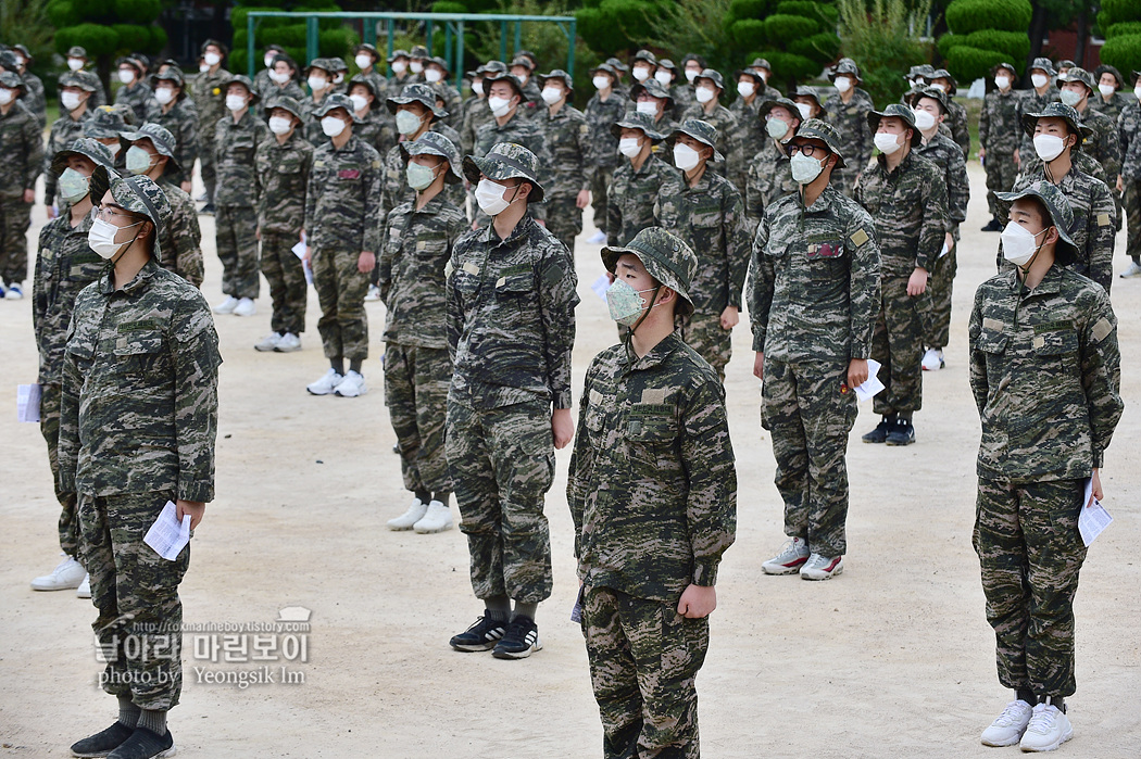 해병대 신병 1262기 5교육대 1주차_0106.jpg
