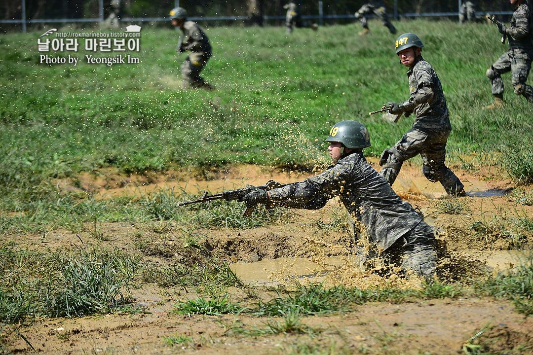 해병대 신병 1261기 2교육대 극기주 각개전투9_8694.jpg