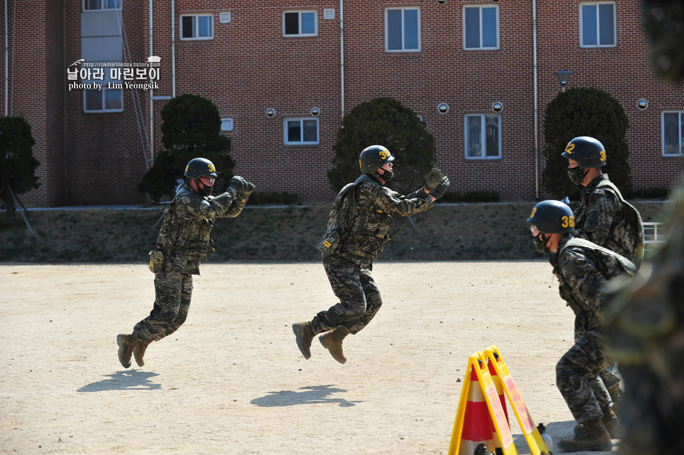 해병대 신병 1256기 2주차 3교육대 전투체력 6_0278.jpg