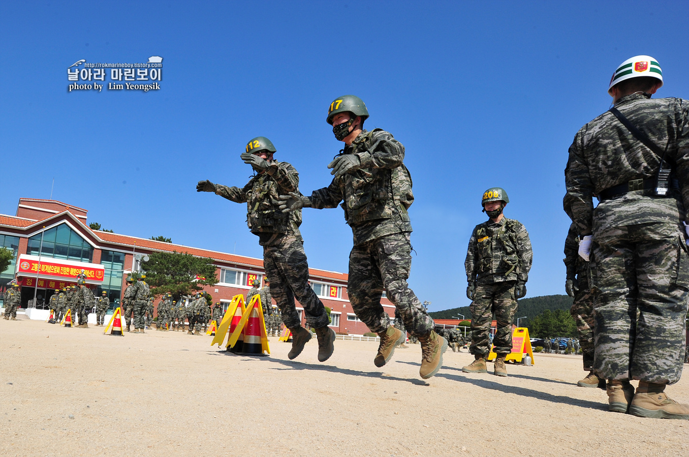 해병대 신병 1256기 2주차 3교육대 전투체력 1_6164.jpg