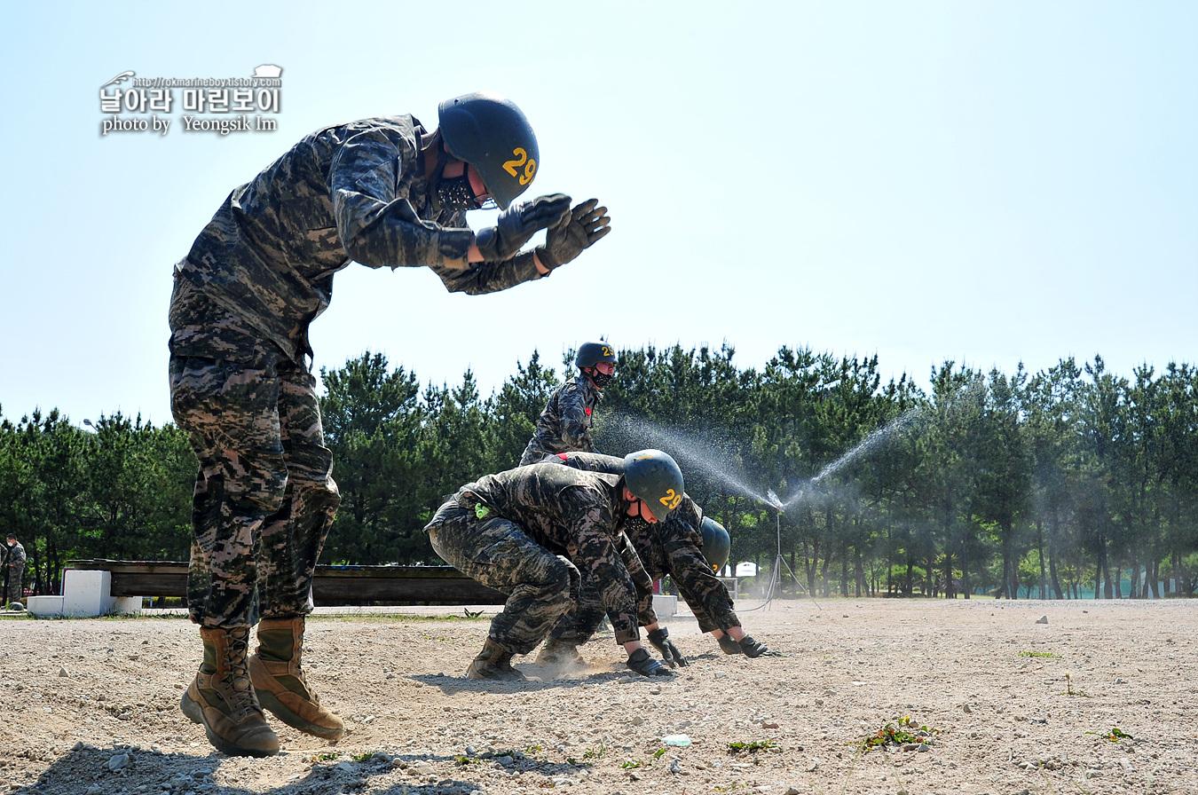 해병대 신병 1257기 2교육대 6주차 목봉 참호격투 9_5333.jpg