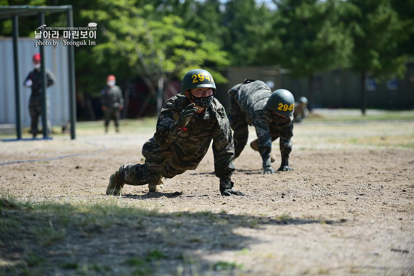 해병대 신병 1257기 2교육대 6주차 목봉 참호격투 9_2156.jpg