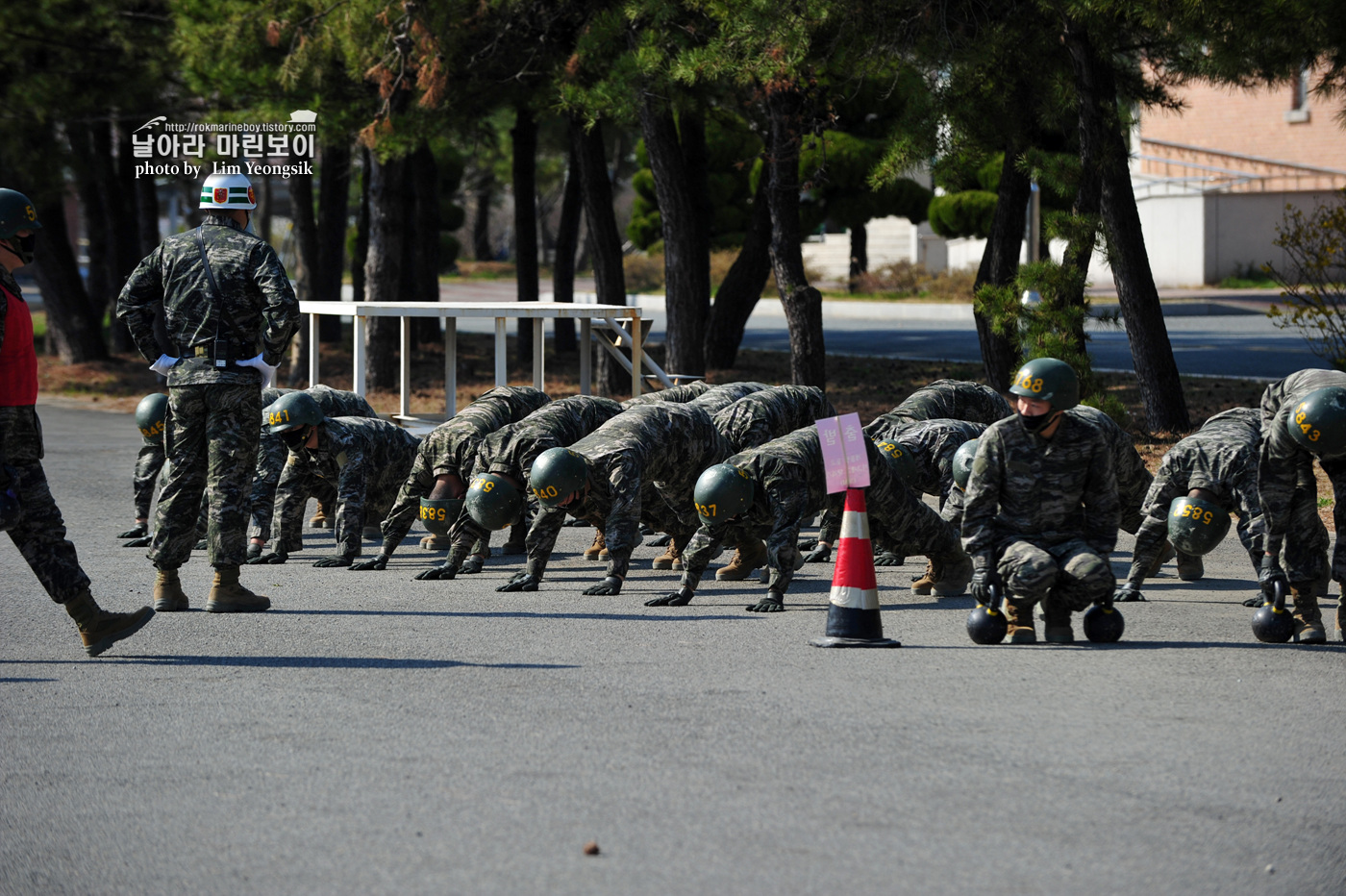 해병대 신병 1256기 2주차 5교육대 전투체력 8_0418.jpg
