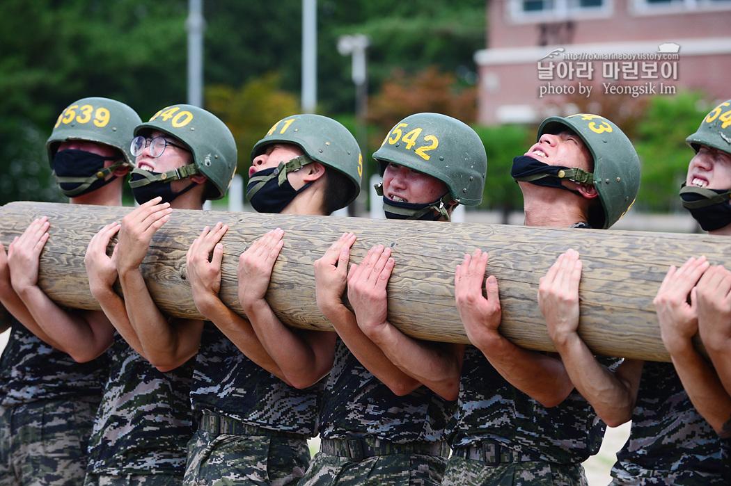 해병대 신병 1260기 5교육대 4주차 목봉장애물 사진 임영식 5_1237.jpg