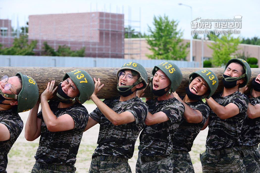 해병대 신병 1260기 5교육대 4주차 목봉장애물 사진 임영식 1_1182.jpg