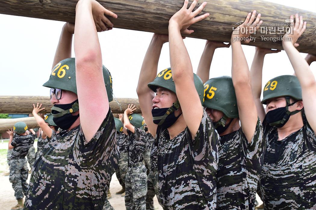 해병대 신병 1260기 5교육대 4주차 목봉장애물 사진 임영식 8_9867.jpg