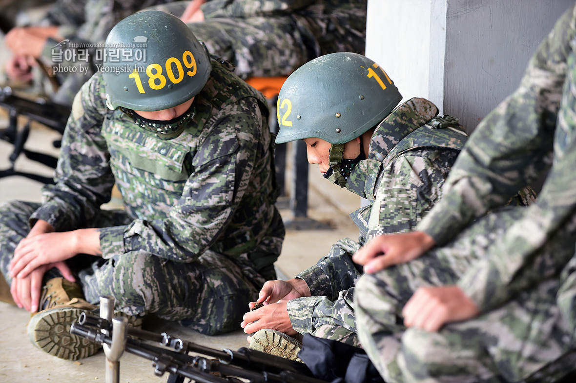 해병대 신병 1259기 1교육대 전투사격 사진 임영식작가_1840.jpg