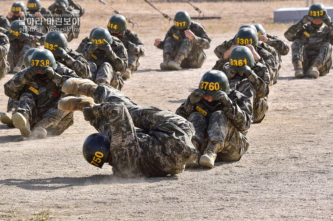 해병대 신병 1262기 3교육대 3주차 공중돌격훈련 7_3254.jpg