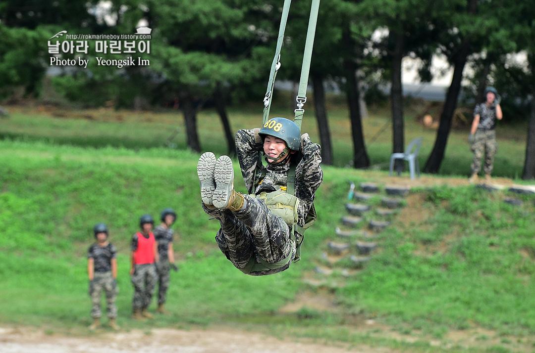 해병대 신병 1261기 4주차 공수기초훈련8_7729.jpg