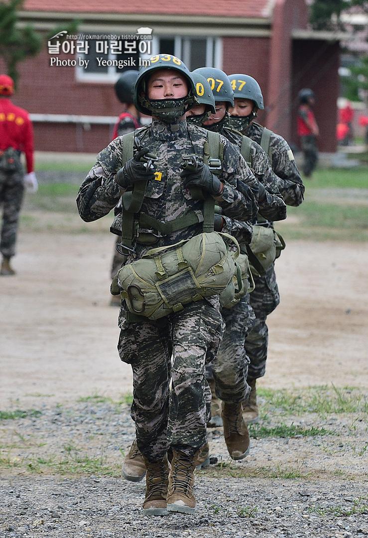 해병대 신병 1261기 4주차 공수기초훈련9_7732.jpg