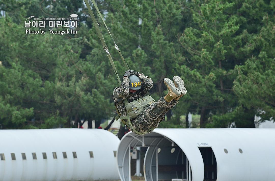 해병대 신병 1261기 4주차 공수기초훈련3_7243.jpg
