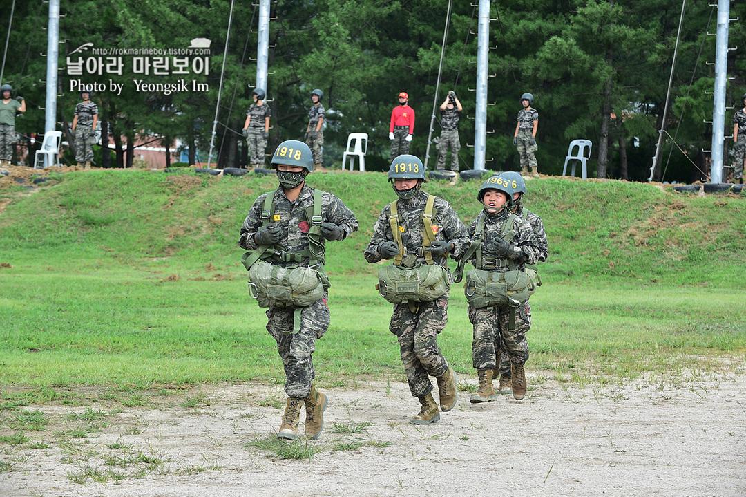 해병대 신병 1261기 4주차 공수기초훈련9_7752.jpg