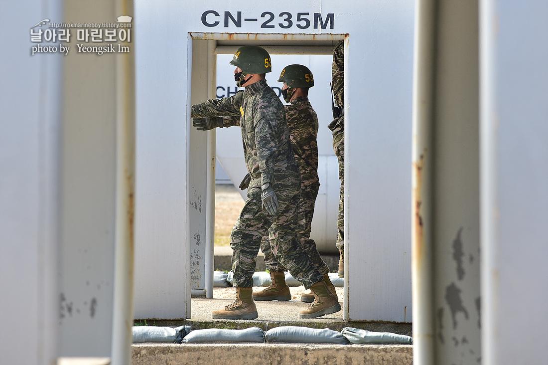해병대 신병 1262기 5교육대 3주차 공중돌격훈련 3_2471.jpg