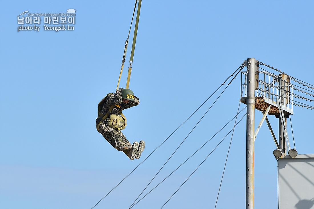 해병대 신병 1262기 5교육대 3주차 공중돌격훈련 7_2403.jpg