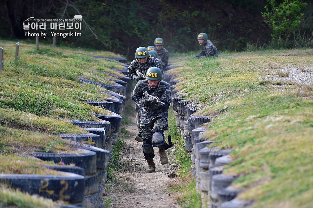해병대 신병 1262기 5교육대 극기주 각개전투_8976.jpg