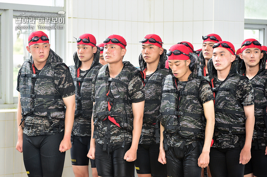 해병대 신병 1262기 5교육대 3주차 전투수영_3731.jpg