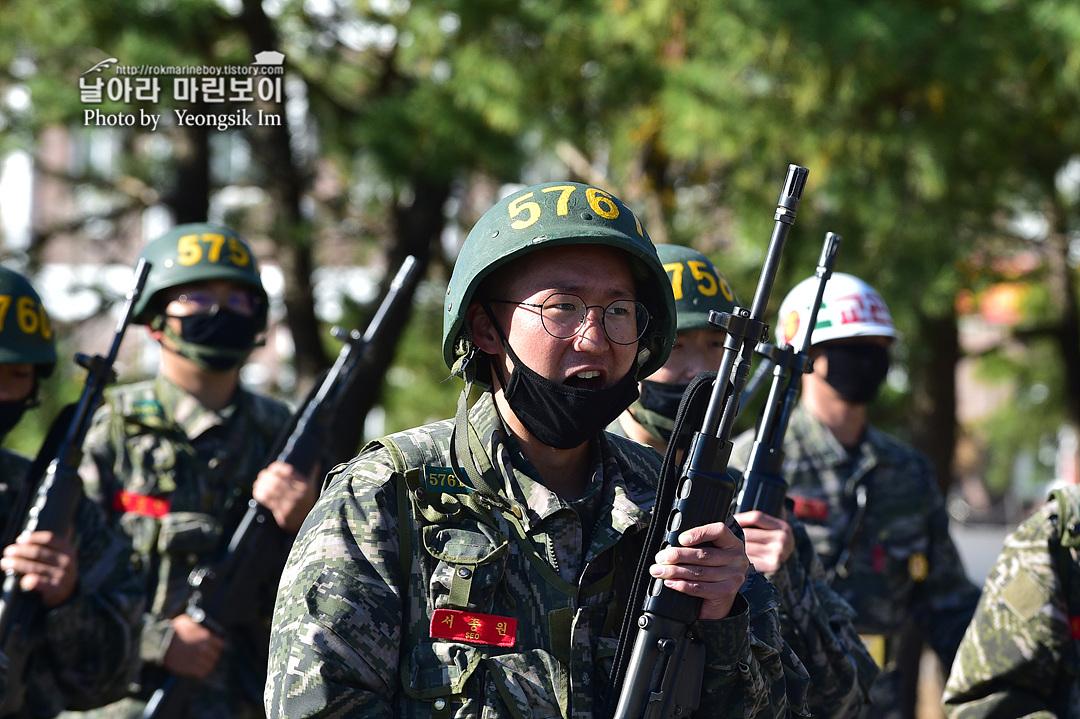 해병대 신병 1262기 5 빨간명찰수여식_9631.jpg