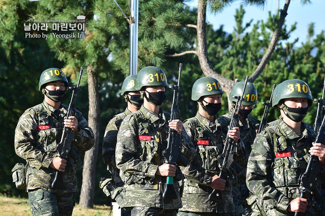 해병대 신병 1262기 3 빨간명찰수여식_9508.jpg