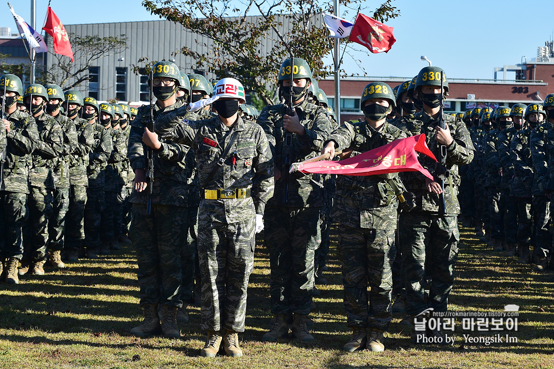 해병대 신병 1262기 3 빨간명찰수여식_8014_2.jpg