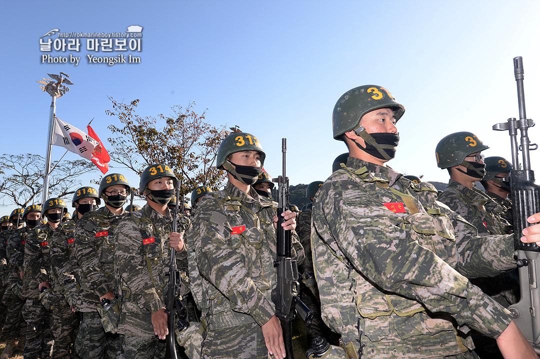 해병대 신병 1262기 3 빨간명찰수여식_8086.jpg