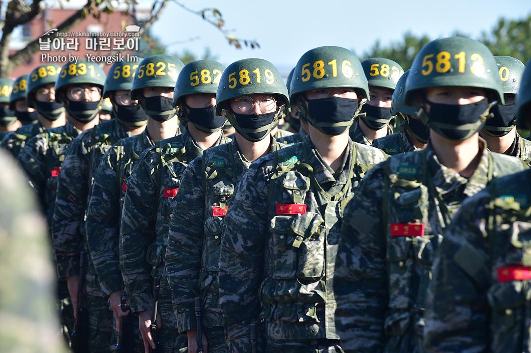 해병대 신병 1262기 5 빨간명찰수여식_9566.jpg