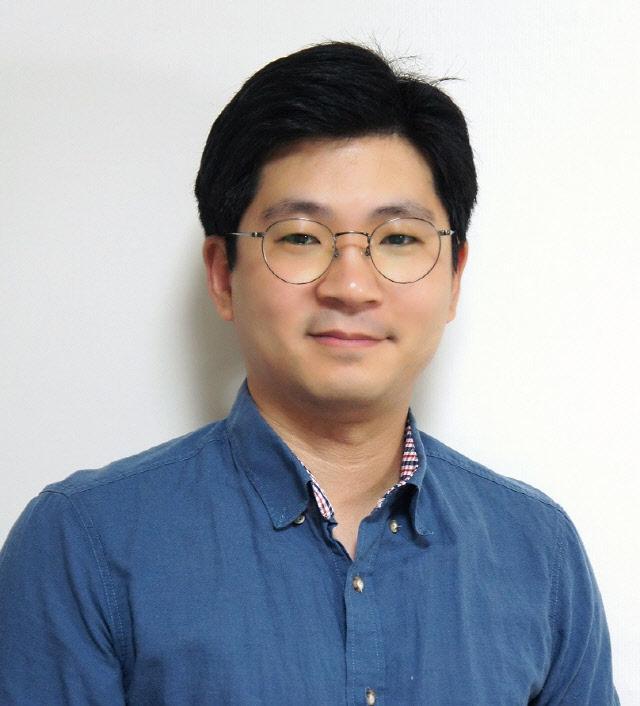 김홍섭.jpg