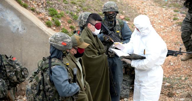 해병대6여단, 귀순자 구출 상황조치훈련.jpg