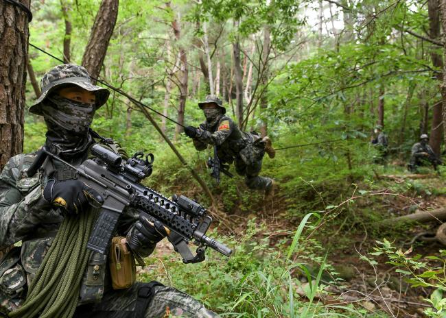 해병대1사단 특수수색대 전술훈련 실시.jpg