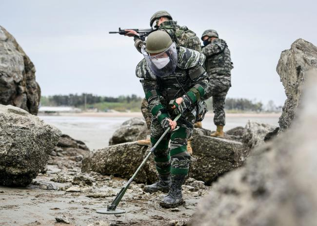 해병대 2사단 군·경 합동 도서수색작전.jpg