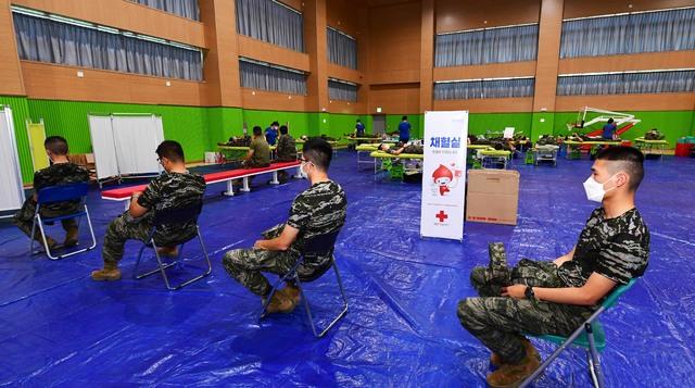 해병대 제6여단, 단체 헌혈로 생명 나눔 실천 2.jpg