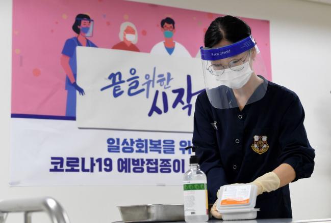 30세 이상 장병 1차 접종 내달 초 완료 계획.jpg