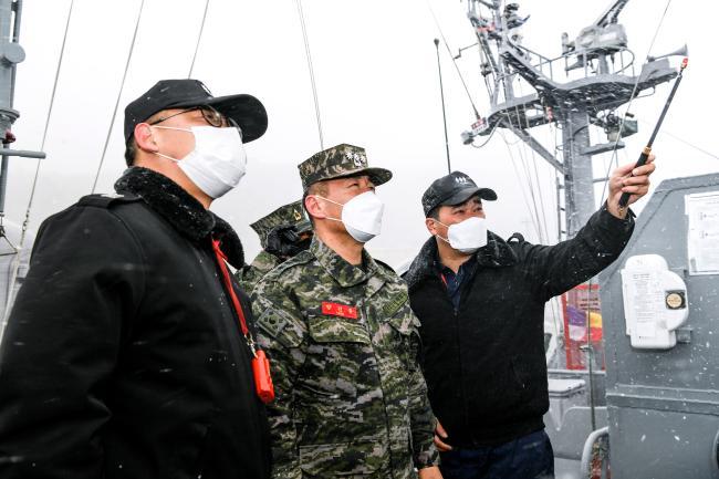 해군2함대, 합동작전 능력 향상 위해 해병대6여단과 상호 방문 우호 증진.jpg