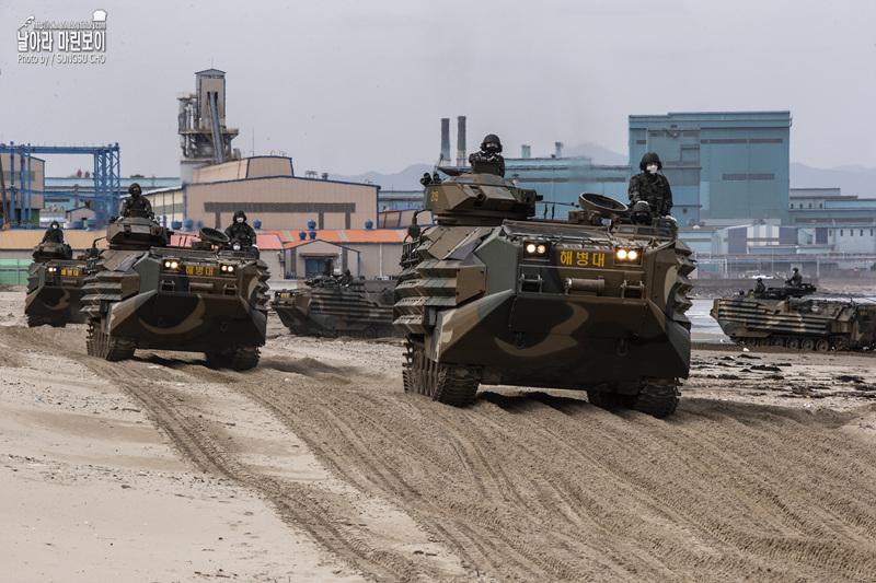 신병 1266기 3교육대 6주차 - KAAV 탑승훈련 1.jpg