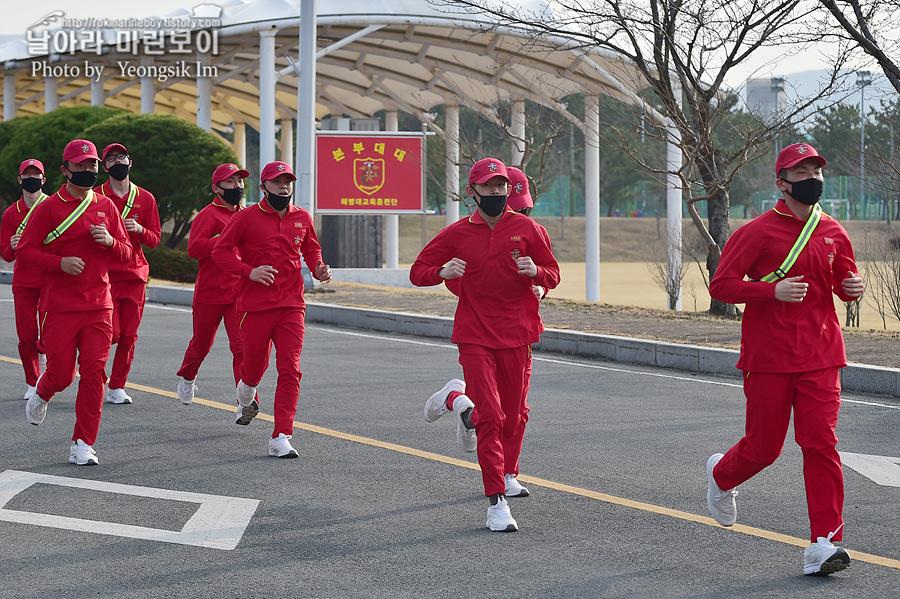 신병 1267기 1교육대 3주차 달리기 사진 임영식_5889.jpg