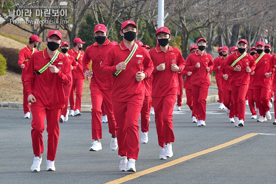 신병 1267기 1교육대 3주차 달리기 사진 임영식_5908.jpg