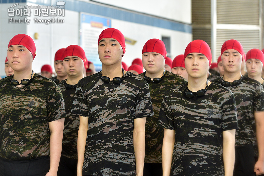 신병 1267기 1교육대 3주차 전투수영 사진 임영식_5182.jpg