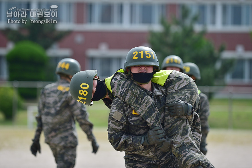 해병대 신병 1273기 2교육대 4주차 전투체력1_2032.jpg
