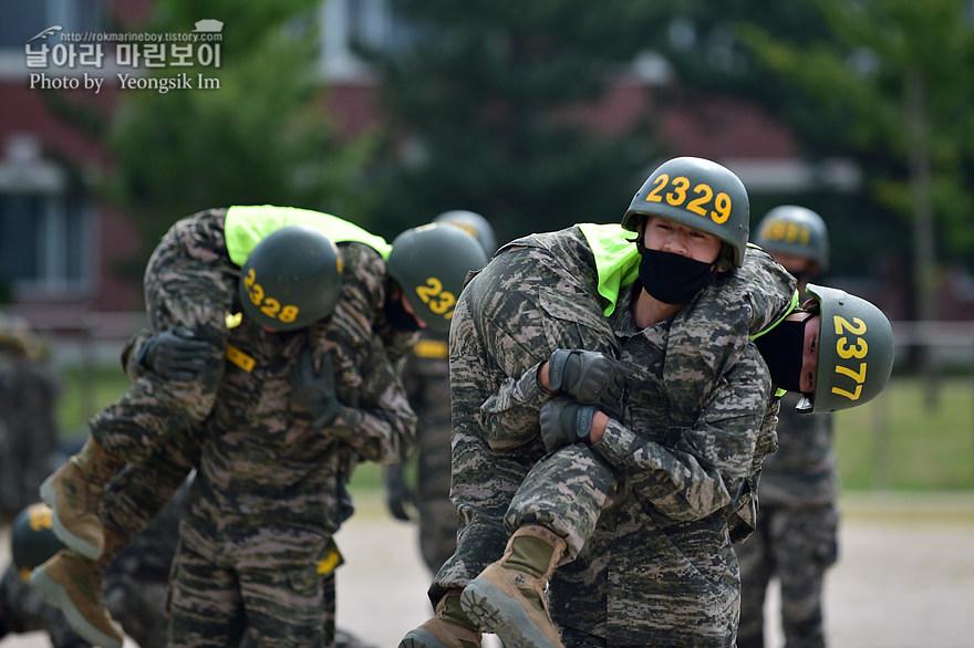 해병대 신병 1273기 2교육대 4주차 전투체력1_1990.jpg
