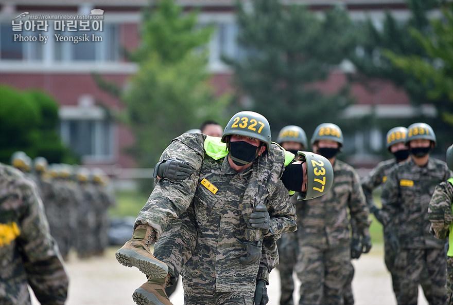 해병대 신병 1273기 2교육대 4주차 전투체력1_1993.jpg