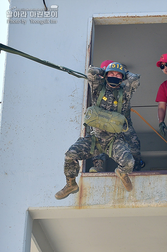 해병대 신병 1273기 1교육대 4주차 공중돌격훈련5_2930.jpg