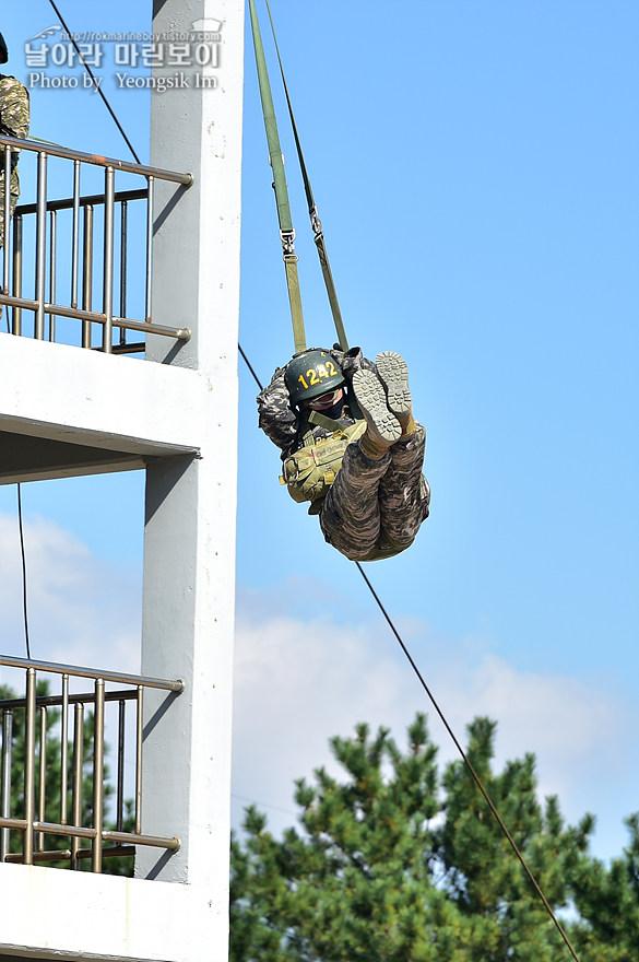 해병대 신병 1273기 1교육대 4주차 공중돌격훈련2_2824.jpg