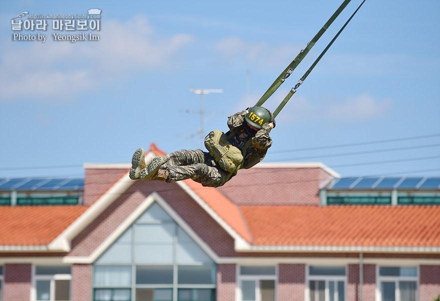 해병대 신병 1273기 1교육대 4주차 공중돌격훈련5_2960.jpg