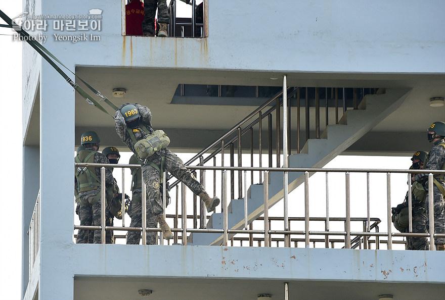 해병대 신병 1273기 1교육대 4주차 공중돌격훈련9_3443.jpg