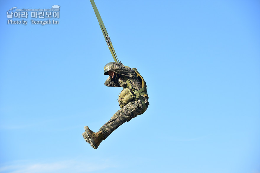 해병대 신병 1273기 1교육대 4주차 공중돌격훈련8_3232.jpg