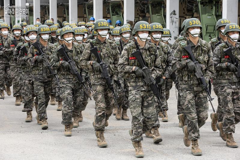 신병 1268기 5교육대 6주차 - KAAV 탑승훈련.jpg