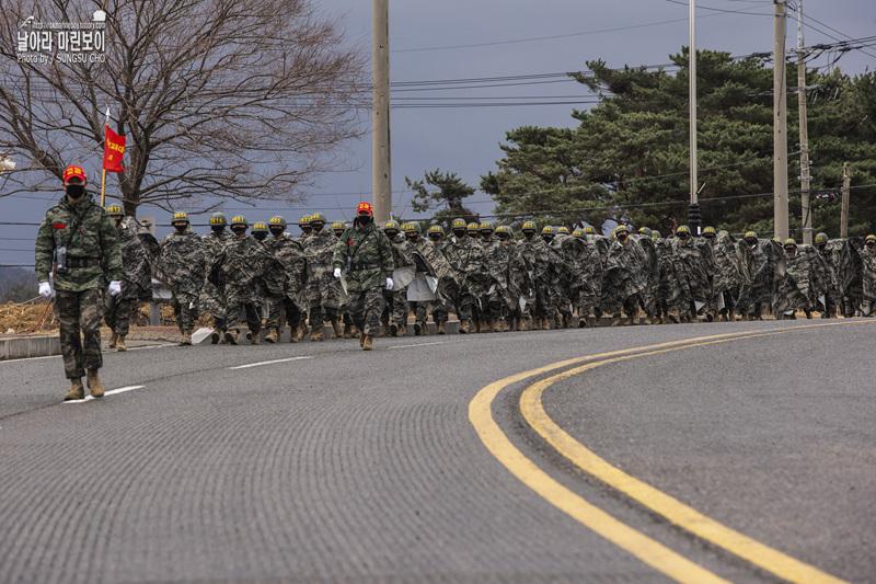 해병대 신병 1266기 3,5교육대 극기주 - 빨간명찰수여식.jpg
