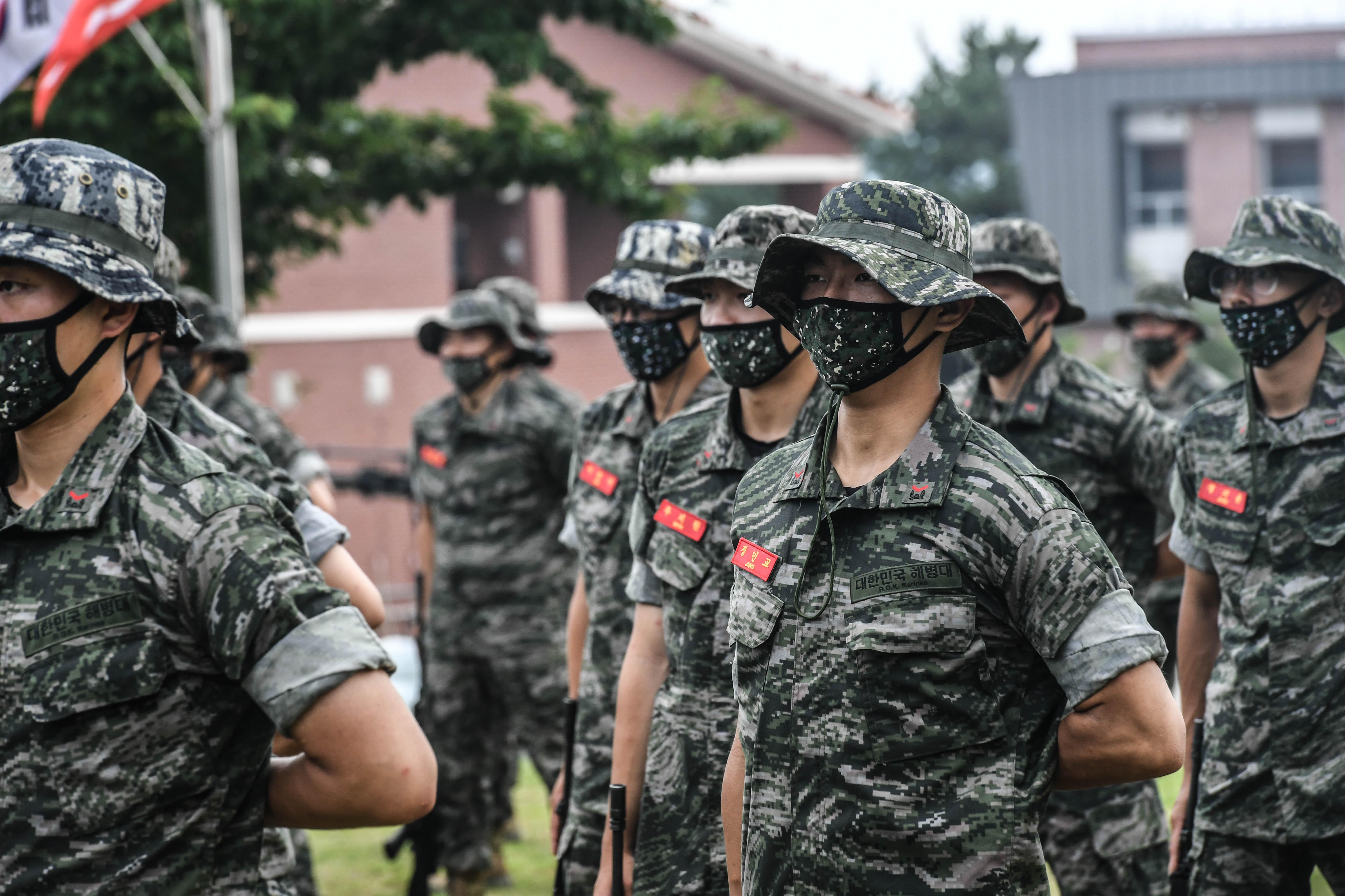 해병대 부사관후보생 390기 빨간명찰수여식 20.jpg