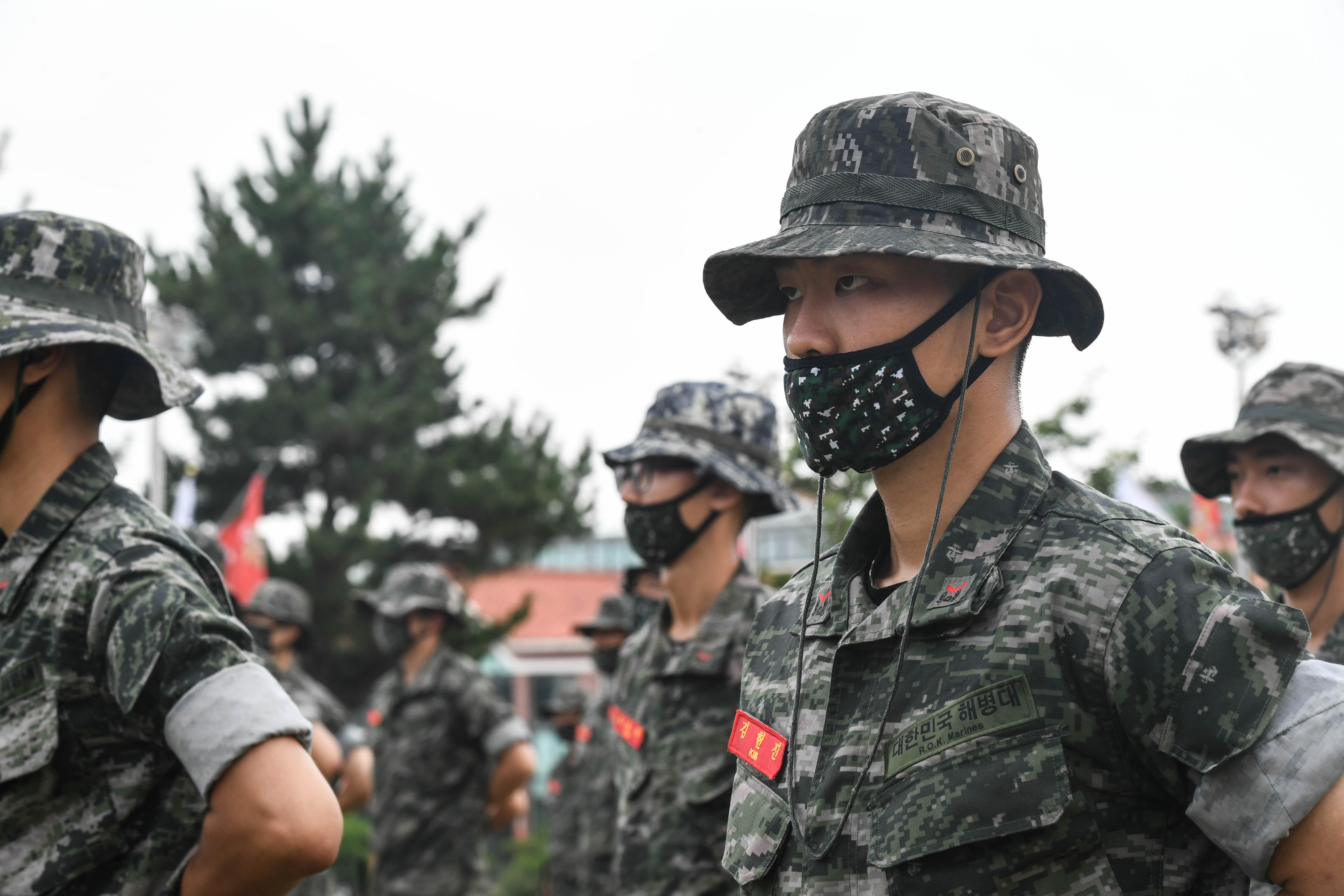 해병대 부사관후보생 390기 빨간명찰수여식 22.jpg