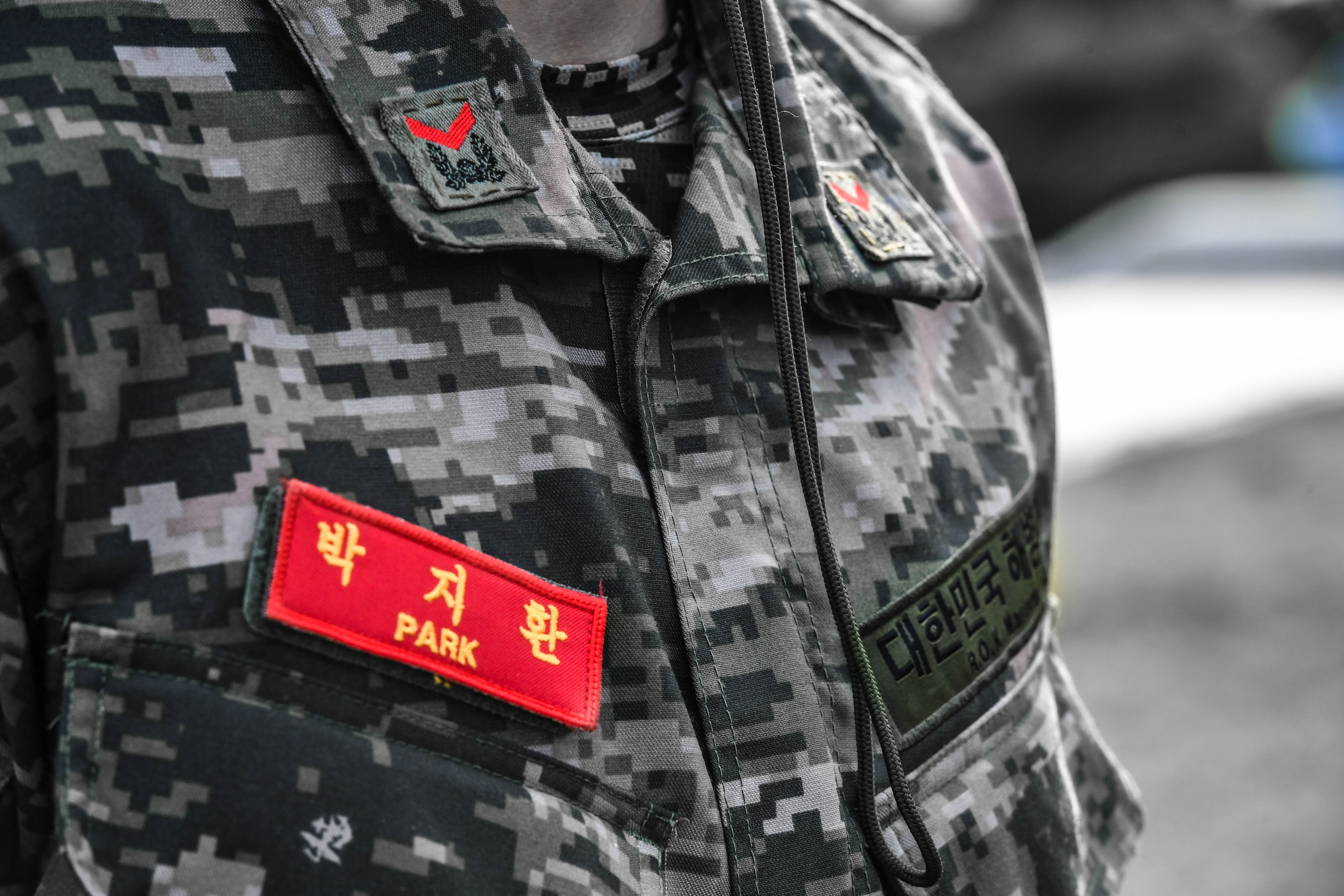 해병대 부사관후보생 390기 빨간명찰수여식 31.jpg
