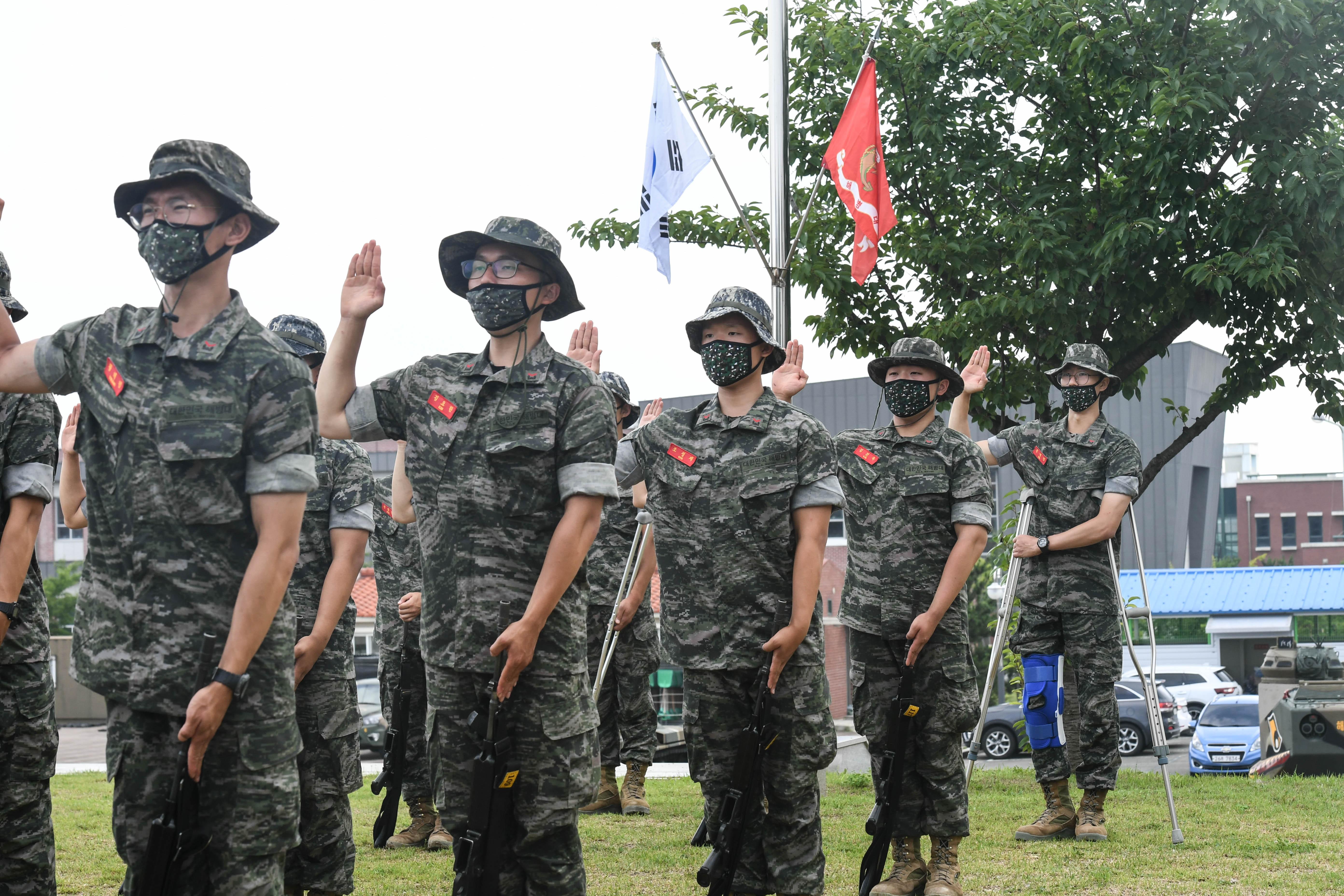 해병대 부사관후보생 390기 빨간명찰수여식 19.jpg
